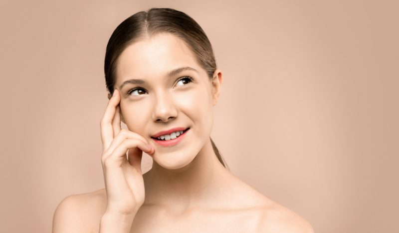 Maquiagem que trata a pele: mito ou verdade?