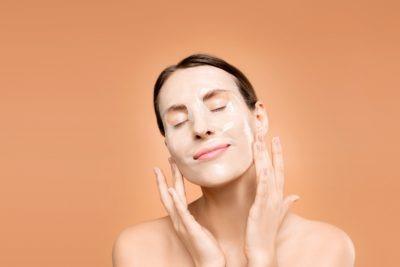Como cuidar da pele oleosa?